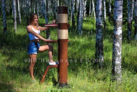 деревянный манекен опора круг